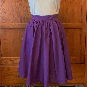 J Crew skirt, size 2 POCKETS!